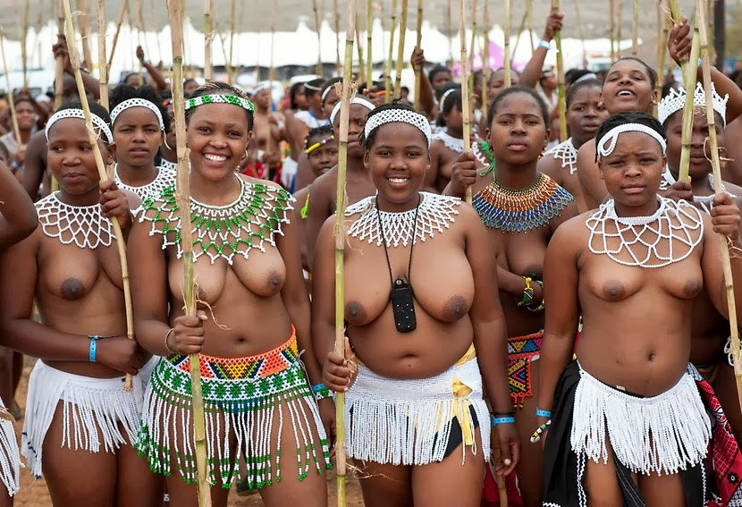 Naked Zulu Girls Reed Dance-7774